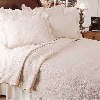 Simply Shabby Chic Tusk Coverlet Set   Twin