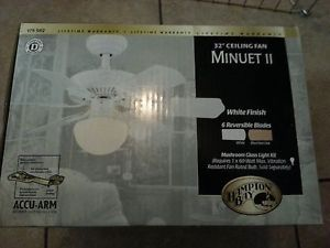 "White Hampton Bay Model 175 582 Minuet II 32"" Ceiling Fan w Light Kit New"
