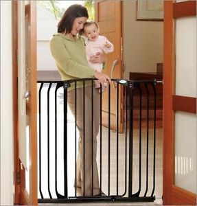 Dream Baby Extra Tall Hallway Swing Closed Pet Dog Child Safety Gate 38 53""