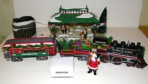 "Dept 56 Snow Village Light Sound "" Home for The Holidays Express"" Gift Set Train"