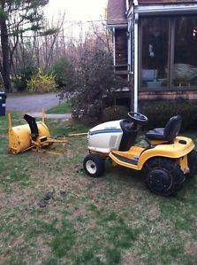 Cub Cadet 2160 Lawn Mower Garden Tractor w Snowblower Attachment