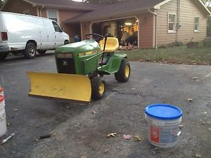 John Deere 160 Lawn Tractor Riding Mower Snow Plow