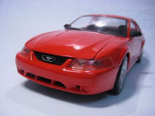 1999 Ford SVT Cobra Maisto Diecast Car Model 1 24 1 24