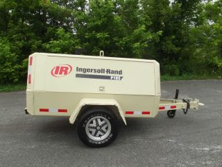 Ingersoll Rand P185 Portable Air Compressor 185 CFM JD Diesel Engine