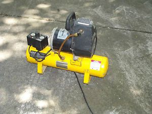Campbell Hausfeld 120V Portable Electric Air Compressor 1 HP 3 Gallon Tank