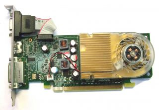 HP 586382 001 NVIDIA GeForce GT210 512MB PCIe Graphics Card 533207 001