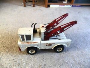 Vintage Mighty Tonka Pressed Steel AAA Tow Truck