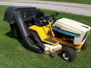 Cub Cadet Tractor 1720 Riding Lawn Garden Great Shape Bagger Kohler Engine