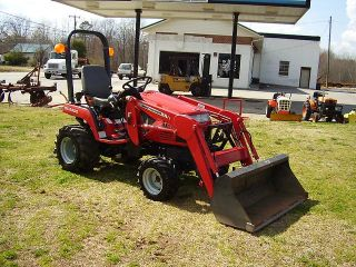 Very Nice Massey Ferguson GC2300 4x4 Loader Tractor