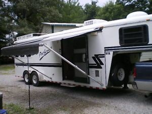 Bruton 3 Horse Trailer with Living Quarters