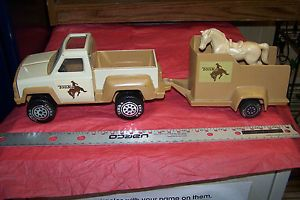 Vintage 1979 Tonka Toy Truck Horse Trailer and Horse Set