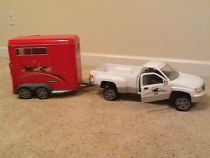 Breyer Horse Trailer and Truck Toy
