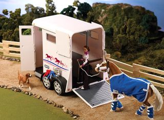 Breyer Traditional 2 Horse Trailer B2615