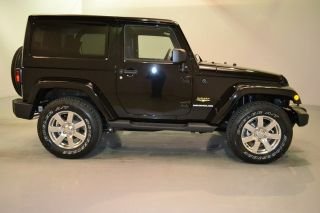 New 2013 Jeep Wrangler 2 Door 2dr 4x4 Sahara Body Colored Hard Top Free SHIP