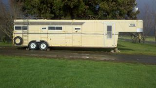 Gooseneck 4 Horse Trailer 30ft