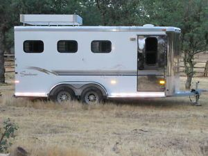 Sundowner Three Horse Trailer
