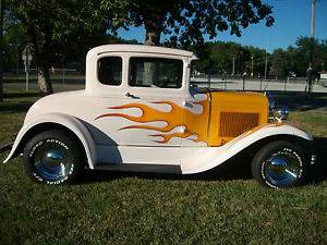 1930 30 Ford Model A Coupe Street Rod Show Car Hot Rod Pearl White Flames Hotrod