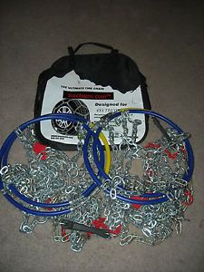 Diamond Pattern 4x4 Truck Tire Snow Chains 2517 Never Used