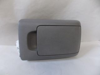 04 10 Toyota Sienna Arm Rest Center Console Lid 2004 2005 2006 2007 2008 990