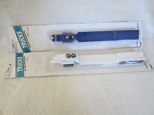 2 Boley Trucks 2030 HO Scale Lowboy Flatbed Trailers White Blue