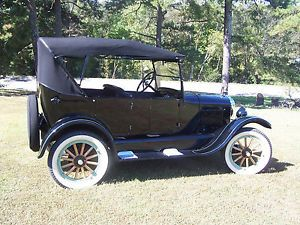 1926 Ford Model T Touring Car 4 Door Convertible