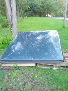"Leer Fiberglass Tonneau Cover for Chevrolet GMC Truck w 5'8""Bed Blue Granite"