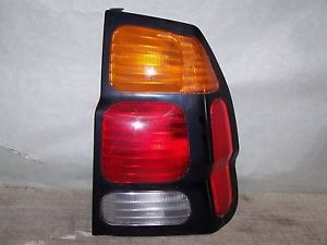 2001 2003 Mitsubishi Montero Sport Tail Light Right Passenger Side Brake Light