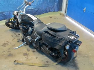 06 Yamaha Road Star Warrior XV1700 Saddl