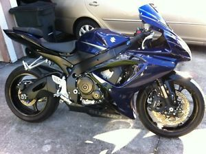 2007 Suzuki GSXR 750 GSXR R750 Starts and Runs Low Reserve Runs Great Engine