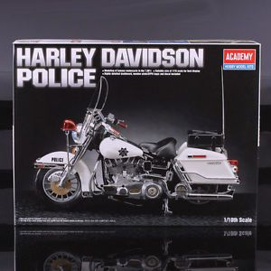 Harley Davidson Classic Police Motor Bike Motorcycle US Academy Model Kit 1 10