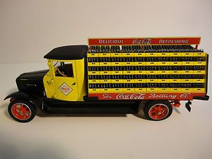 1 24 The Danbury Mint 1928 International Coca Cola Delivery Truck Diecast
