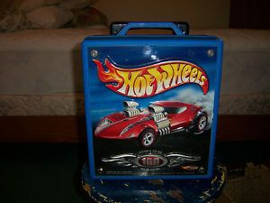 Hot Wheels Rolling Storage Carrying Case Holds 100 Cars 2002