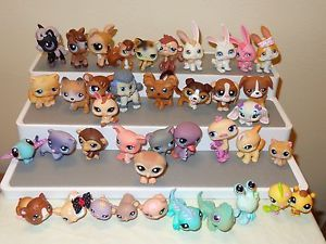 40 Littlest Pet Shop Figures Lot Birds Cat Dog Bunny Iguana Monkey Pony Pig