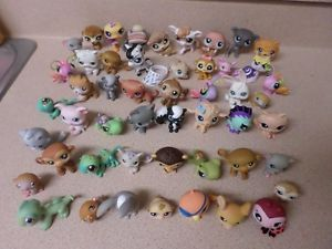 Huge Lot of 50 Littlest Pet Shop Pets Dogs Cats Lizards Frogs Rabbits