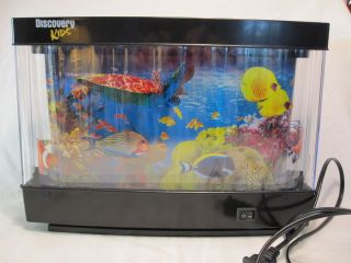 Discovery Kids Animated Marine Lamp Wall Mountable Exotic Fish Tank Aquarium