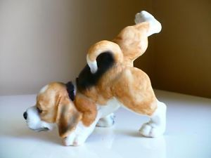 "6 "" Peeing Dog Statue Beagle Puppy Dogs Figurine Small Resin Lifting Leg"