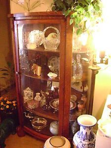 Antique C 1835 American Federal Tiger Oak Curio Cabinet
