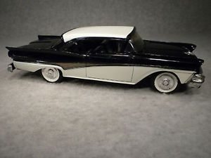 1958 Ford Fairlane 500 Promo Car 2 Tone Black White AMT Models