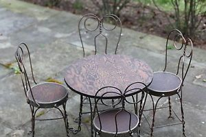 Children Ice Cream Parlor Table 4 Chairs Wood Metal Vintage Classic Photo Prop