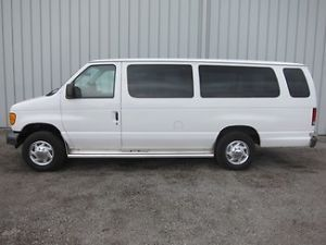 2003 Ford E250 Econoline Extended Van Rear Wheel Chair Accesible Wheelchair Van