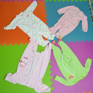 4pc Infant Baby Girl Clothes Lot 6 Months Sleepers Carters Chaps