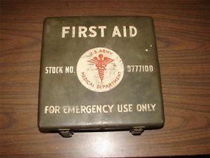 WWII 1944 Era US Army Medical First Aid Kit Metal Box w Contents Stock 9777100