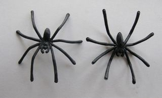 10 Pieces Halloween Plastic Black Spider Joking Toys Decoration Realistic Prop