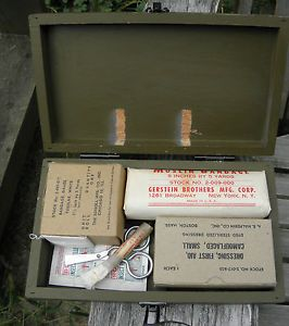 WWII US First Aid Kit