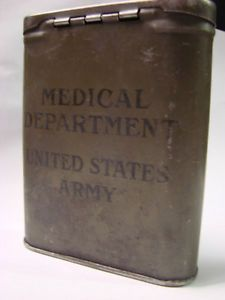 RARE WWII US Army Medical Department OD Tin Box First Aid Kit