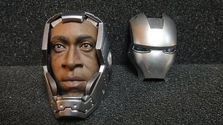 Hot Toys 1 6 Iron Man Mark II Armor Unleashed Don Cheadle Head with Helmet