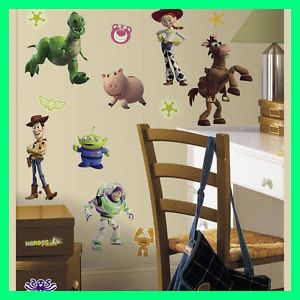 Disney 34 Big Toy Story 3 Wall Stickers Room Decor Decal Buzz Woody Glow in Dark