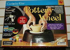 2000 Curiosity Kits Pottery Wheel Missing Handle No Clay Incuded