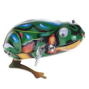 Vintage Realistic Wind Up Iron Metal Toy Jumping Frog with Wind Up Key Kids Gift