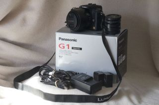 Panasonic Lumix DMC G1 Camera with 14 45mm Lens and Accessories